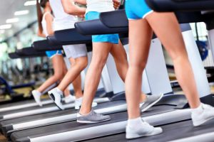 Treadmill-walkers-gym-Depositphotos_11275390_xl