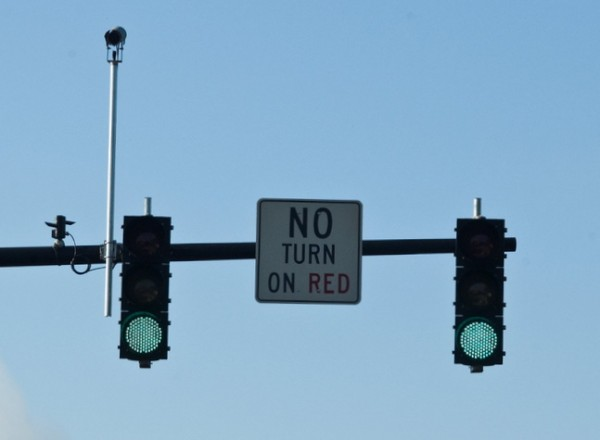 Red Light Cameras Hang Around - The GreatFlorida Insurance Blog