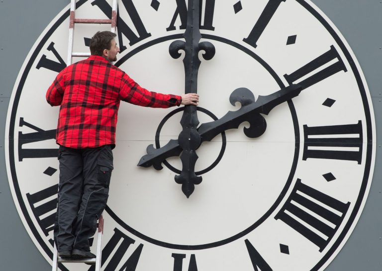 Daylight Saving Time Arrives Along With Controversy